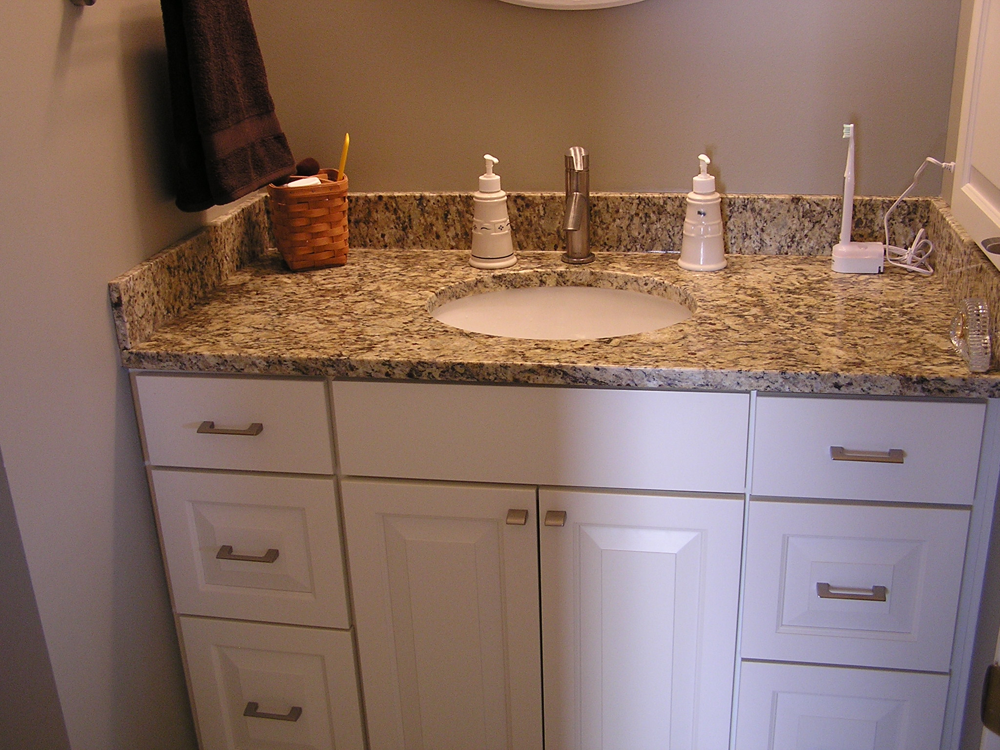Inver Grove Heights bathroom design & remodeling