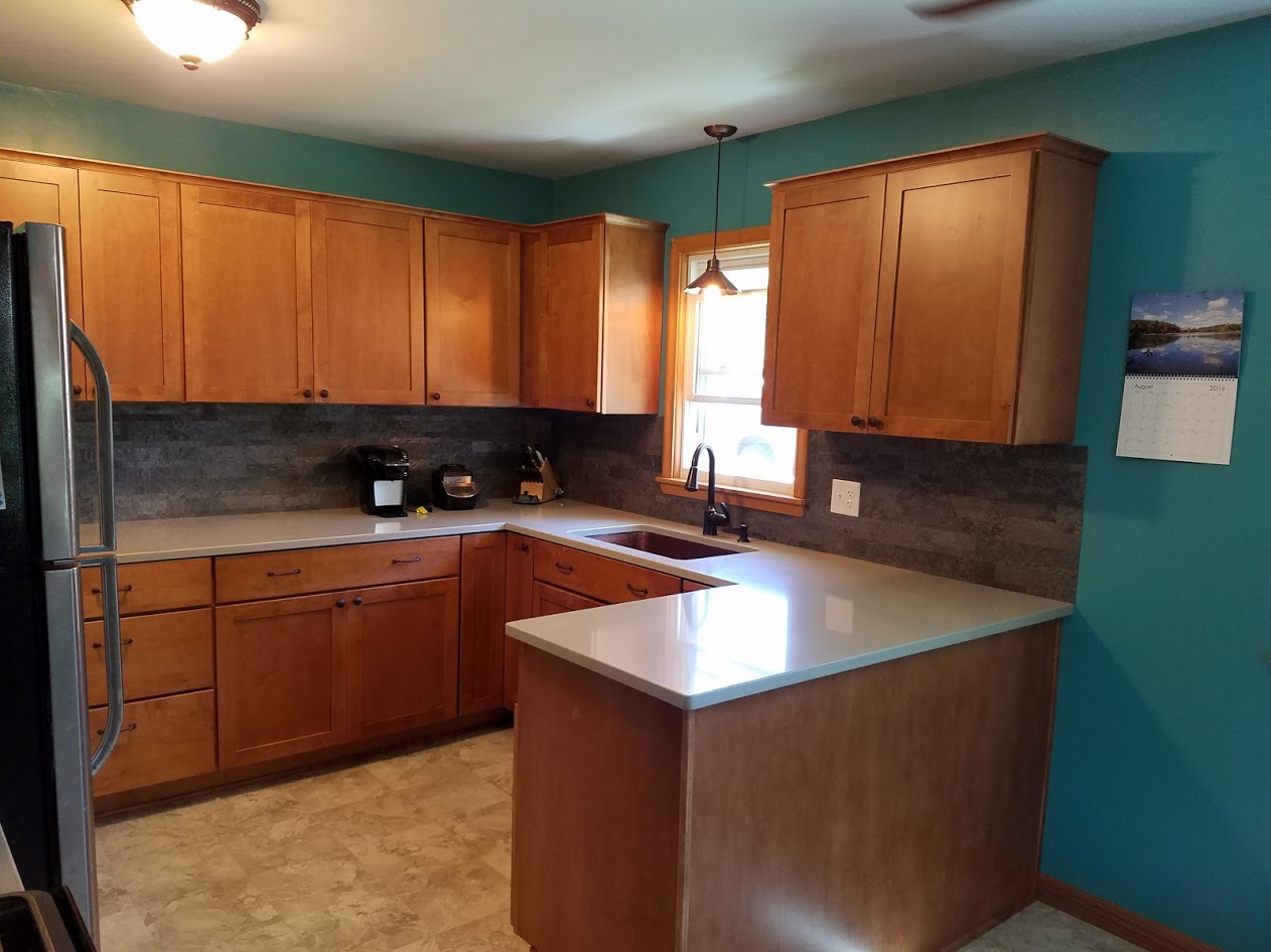 Kitchen Remodel with Maple Cabinets and Hanstone Quartz Countertops ...